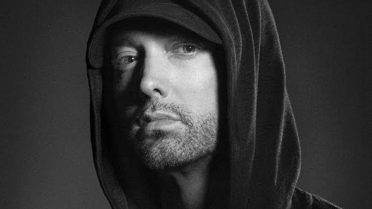 Eminem sort un album surprise