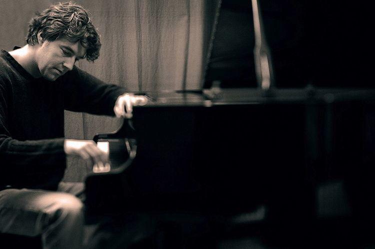 Ce pianiste revisite l'oeuvre d'un DJ reconnu